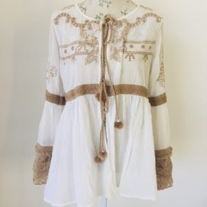 White and lace cotton jacket